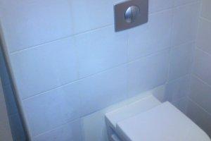 WC plaatimine.JPG